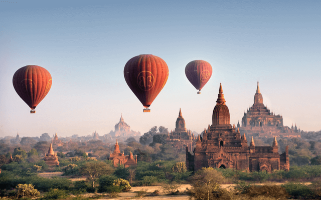 Balloons in the sky Bagan