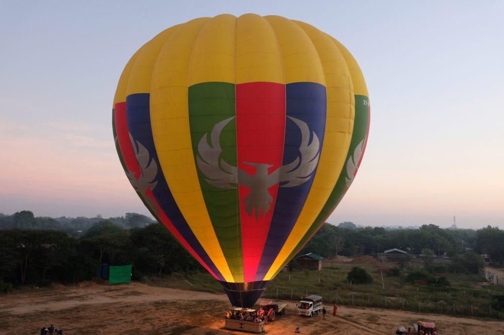 Balloon Inflating Bagan