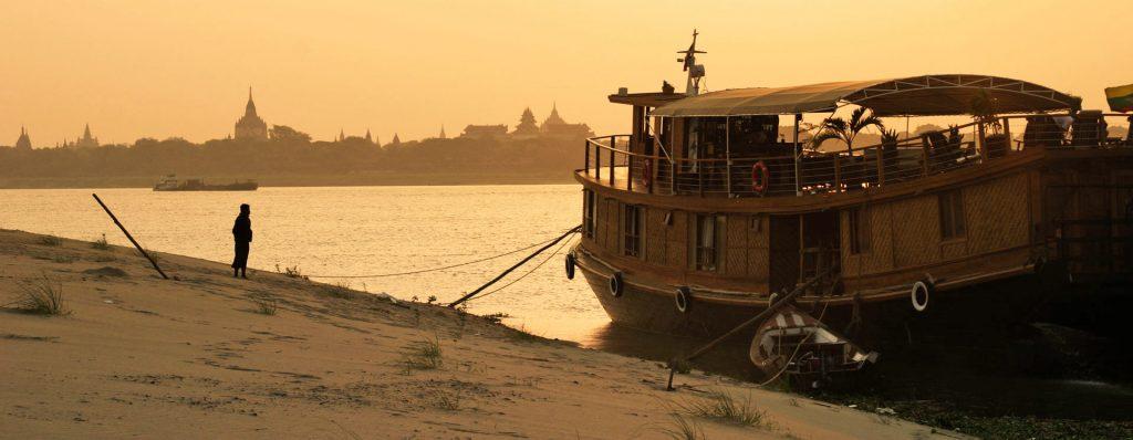 Boat River Cruise Bagan