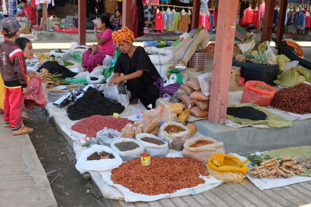 Demoso Market Loikaw