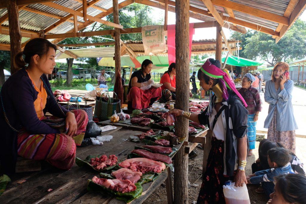 Demoso Market